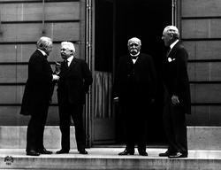Sortir de la guerre : la tentative de construction d'un ordre des nations démocratiques - illustration 1
