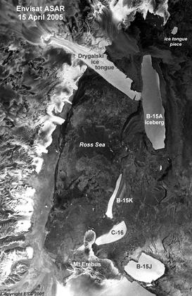 La dérive des icebergs en Antarctique (image satellite)